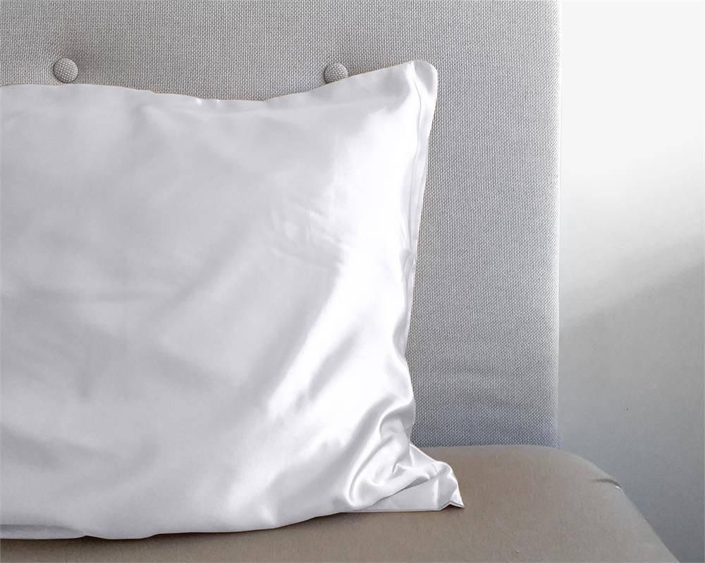 Sleeptime Beauty Skin Care Kussensloop Wit Glanssatijn