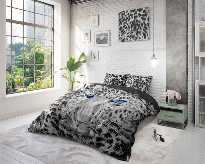 Dreamhouse Cheetah Grey