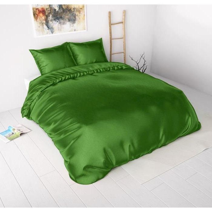 Sleeptime Beauty Skin Care Duvet Cover Green