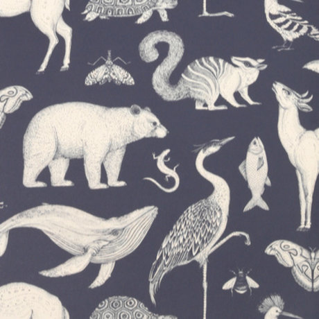 Ferm Living kids Behang Katie Scott Animals donker blauw 10x0,53m