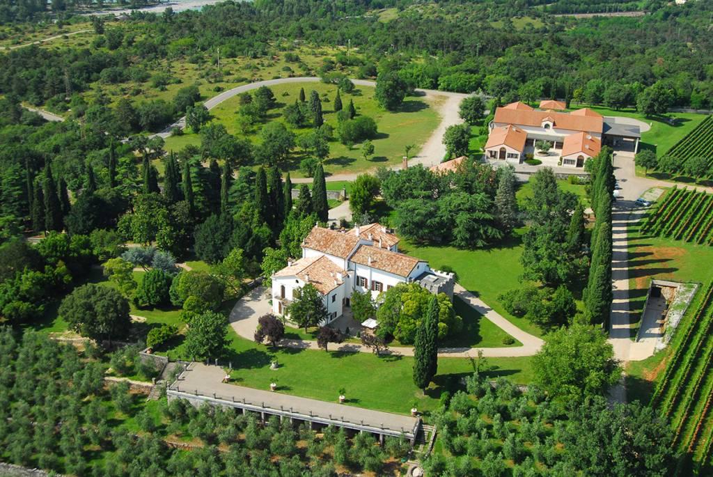 Castelvecchio Castelvecchio DOC Carso Refosco dal Peduncolo Rosso 2015