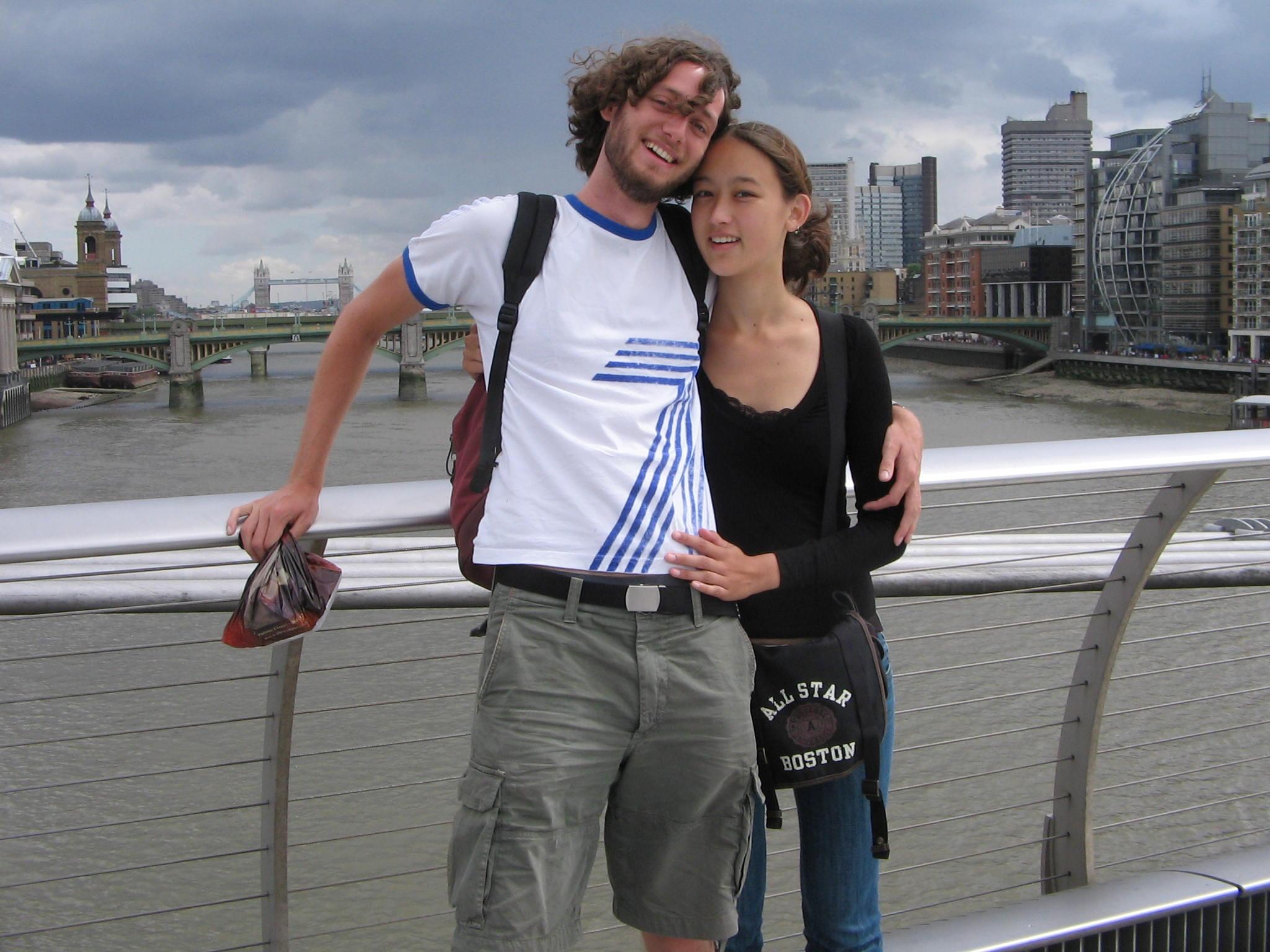 Op de Millenium bridge