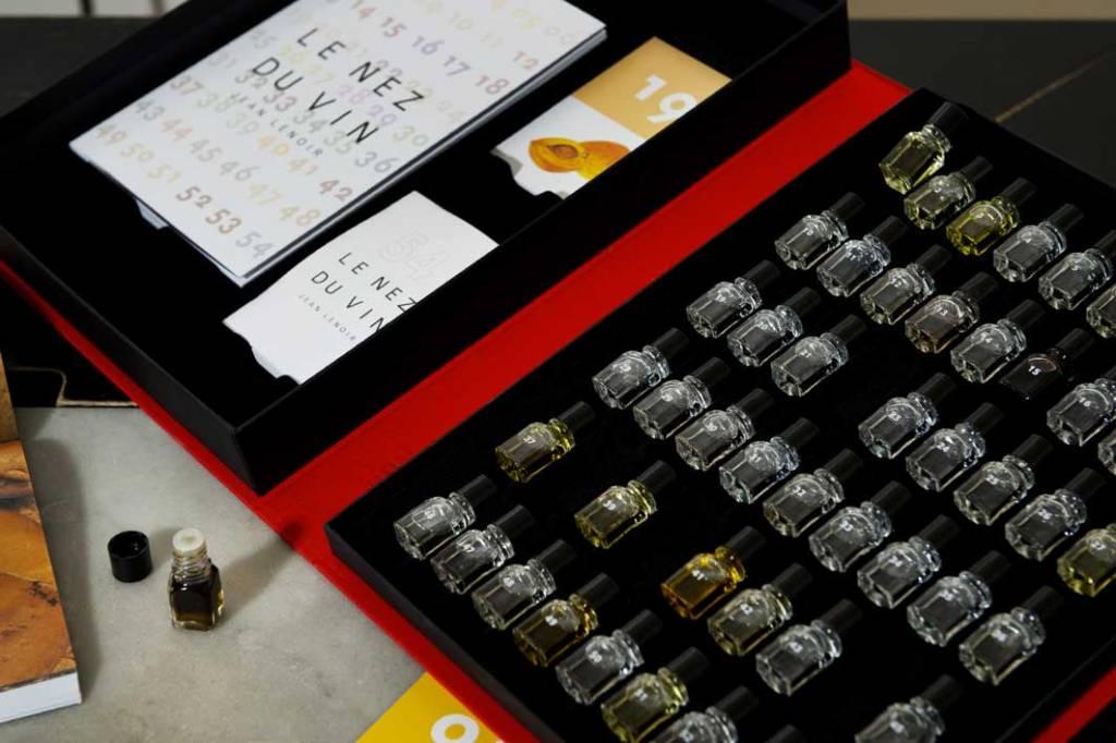 Le Nez du Vin Le Nez du Vin Masterkit 54 & 12 Foute Aroma's