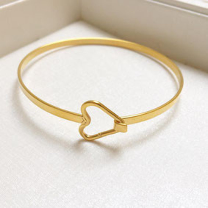 2 THE MOON 'N BACK 2themoon `n back  hearts  bangle bracelet-gold