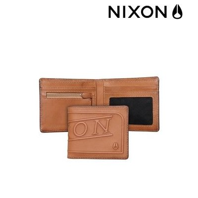 .NIXON Labelled Bi-Fold  Saddle