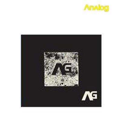 Analog - Cosmos True Black T- shirt