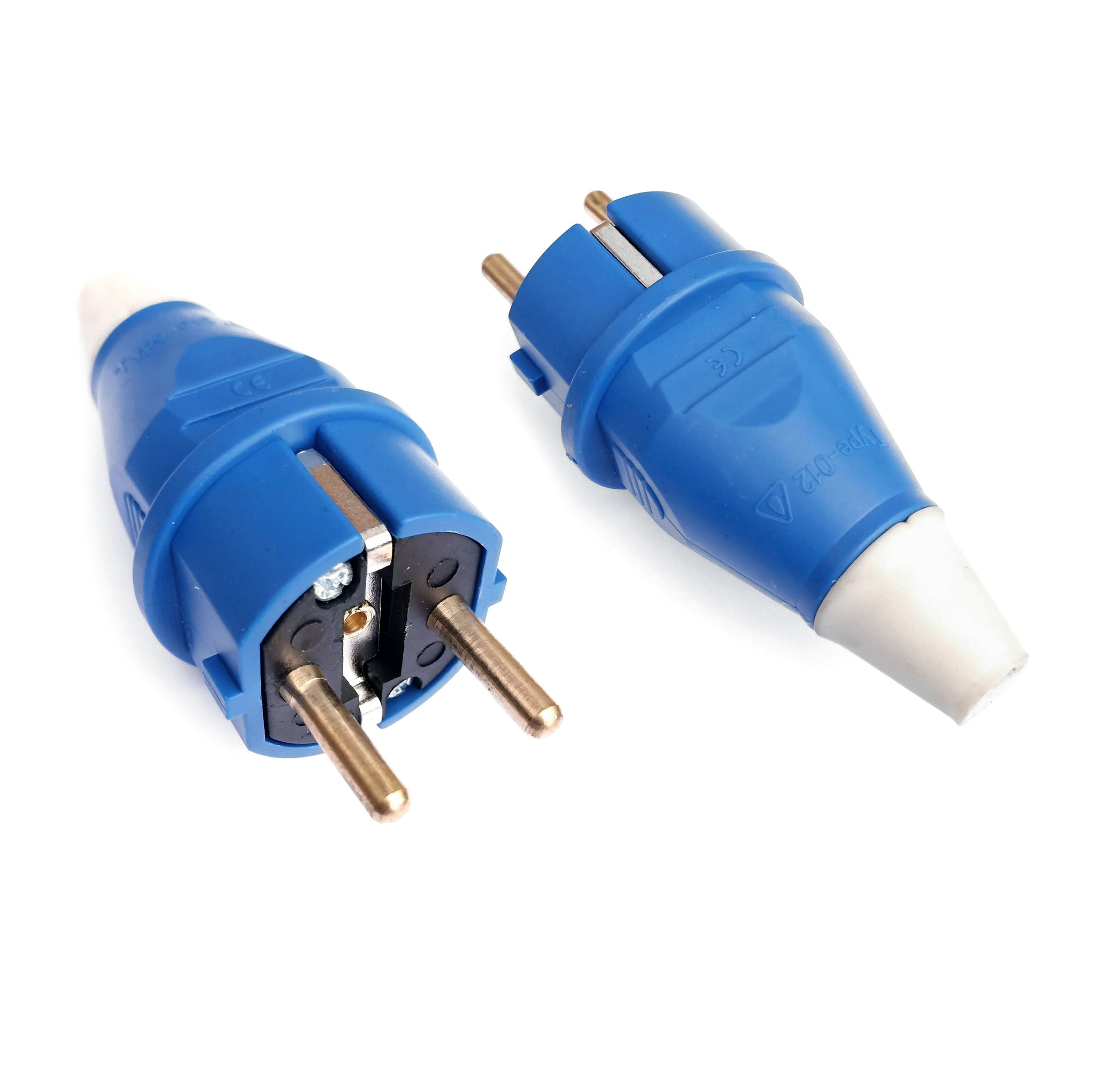 Spatwaterdichte IP54 stekker voor buitengebruik 240V 16A