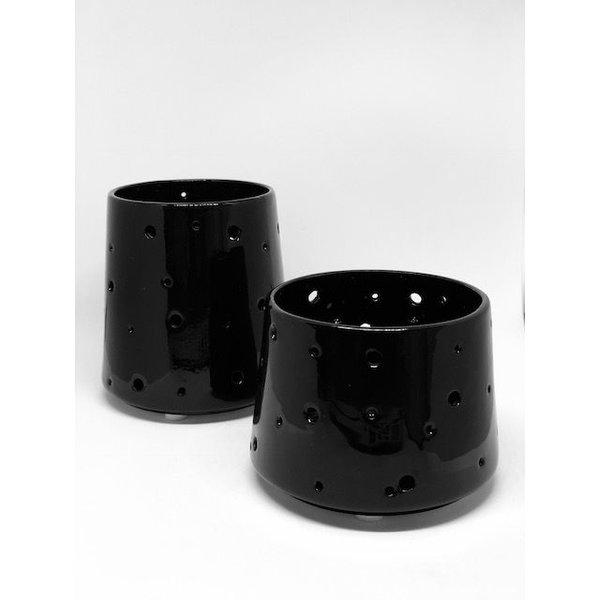 Teelichthalter Alexa aus dem Hause Créton Maion in schwarz