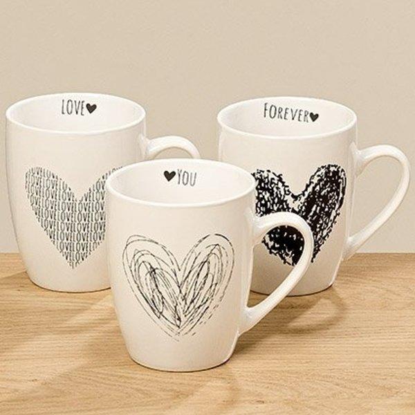3er Set Tasse in weiß mit Herzen in schwarz