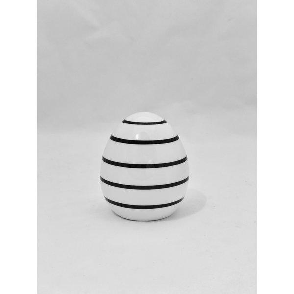 Ei Finn H 8 cm  weiß/schwarz Streifen klein
