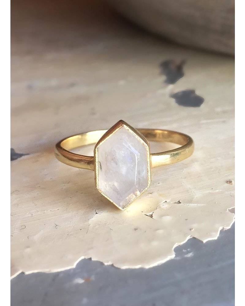 Muja Juma Ring vergoldetes 925er Sterlingsilber mit Moonstone