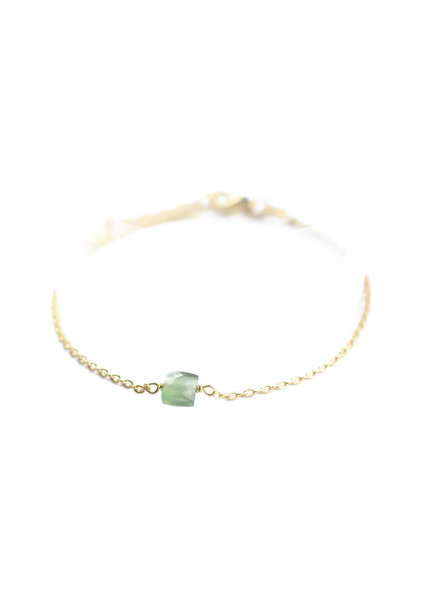 Muja Juma Bracelet 5mm square green nefrite gold plated
