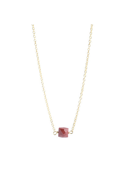 Muja Juma Necklace 5mm square red jasper gold plated
