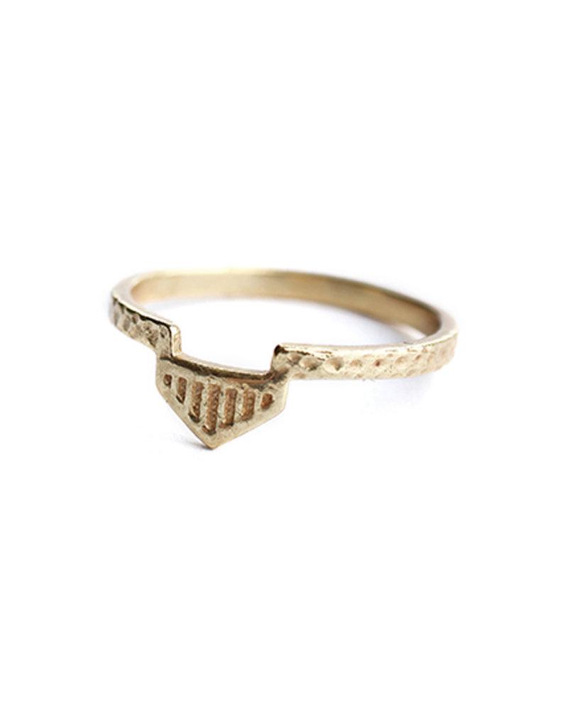 Muja Juma Ring aztekisch vergoldet