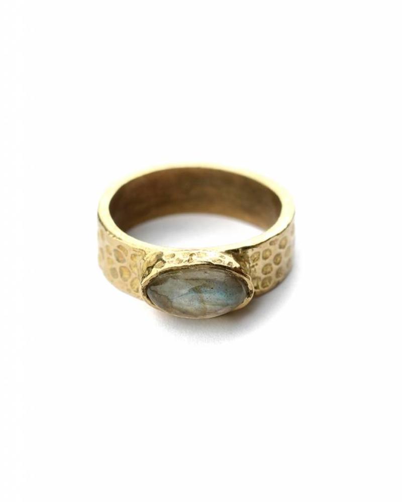 exoal ring met labradorite steen