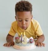 Little Dutch Snij deze mooie taart aan voor je verjaardag