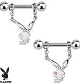 Brustpiercing mit Playboy Bunny Anhänger