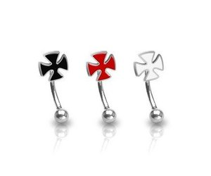 Industrial Piercing Stab Ohrpiercing Eisernes Kreuz