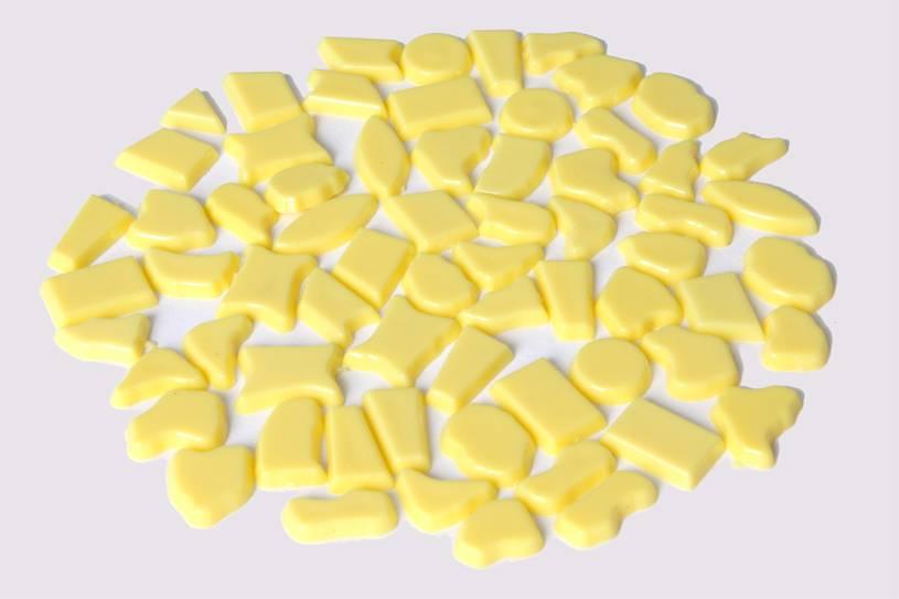 Kunststof mozaieksteentjes ca. 500 gram GEEL