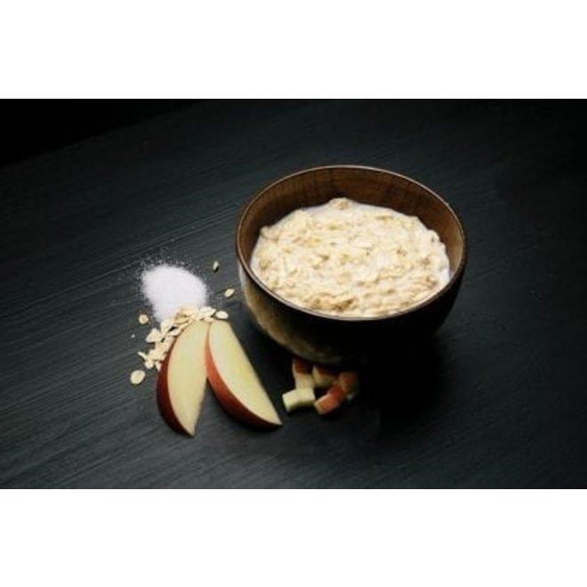 -Light Meal-Porridge with Apple and Cinnamon