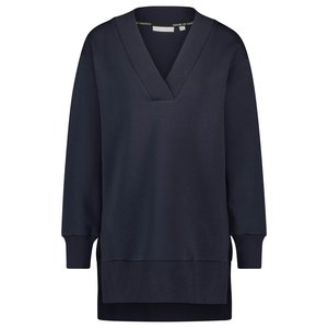 House of Gravity Classic V-Line Sweater in Deep Blue Moonstone