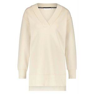 House of Gravity Classic V-Line Sweater Sand