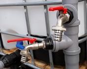HT-Rohr mit Wasserhahn