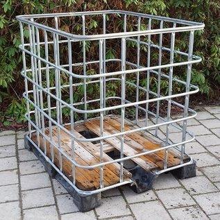 IBC Gitterbox weitmaschig mit Holzboden auf Vollkunststoff-Palette #1HVP-REGEN-USER