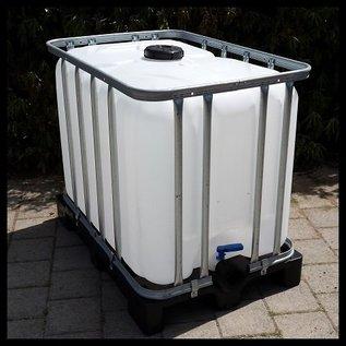 Trinkwasser IBC Wassertank 600 Liter / 640 Liter NEU (mit neuer Blase) auf Voll- Kunststoff- Palette lebensmittelecht #9GVP-W16
