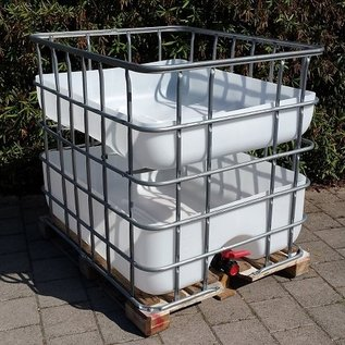 Hochbeet urbanes Gärtnern 'Chrut' 200 Liter über Regenwasser- Speicher auf Holzpalette #2H-200-400-REGEN-USER