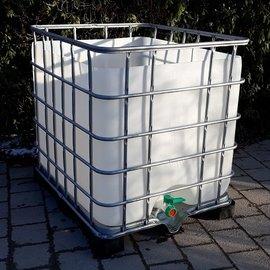 Regenwasser-Behälter 1000l auf Metall-PE-Palette