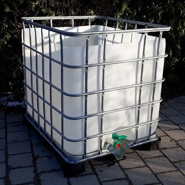 Schütz IBC Regenwasser-Behälter 1000l auf Metall-PE-Palette
