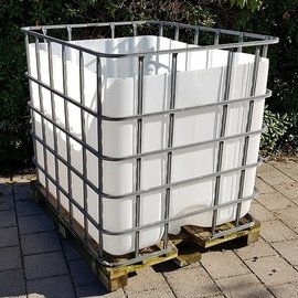 IBC Abfall-Container 1000 l auf Holzpalette