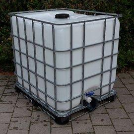 Dachwassersammler 1000L auf Metallpalette