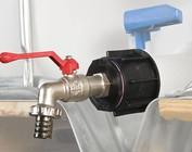 Auslaufadapter mit Wasserhahn