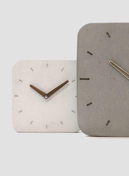 "WertWerke Concrete Clock ""Classic S"" White"
