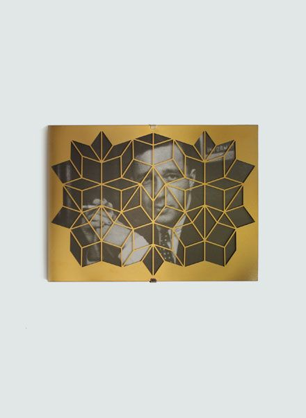 Fundamental Dürer Frame Brass I Picture frame available in 2 sizes