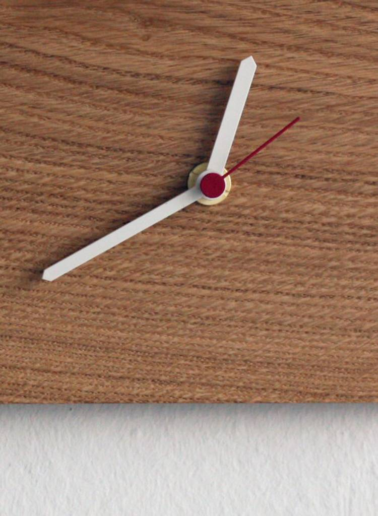 """Toshi Schlüsselbrett """"Nova Uhr"""" - Gleich zwei Funktionen im Einem"""