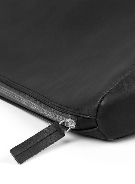 """Marin et Marine Purse/ Clutch """"Ombre nuit"""" made of black vegetable tanned leather"""
