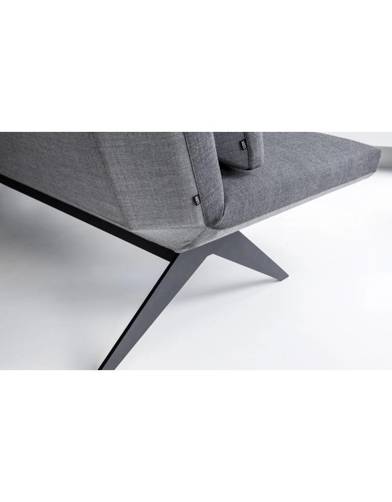 Noti Noti Icd fauteuil met gelakte stalen poten