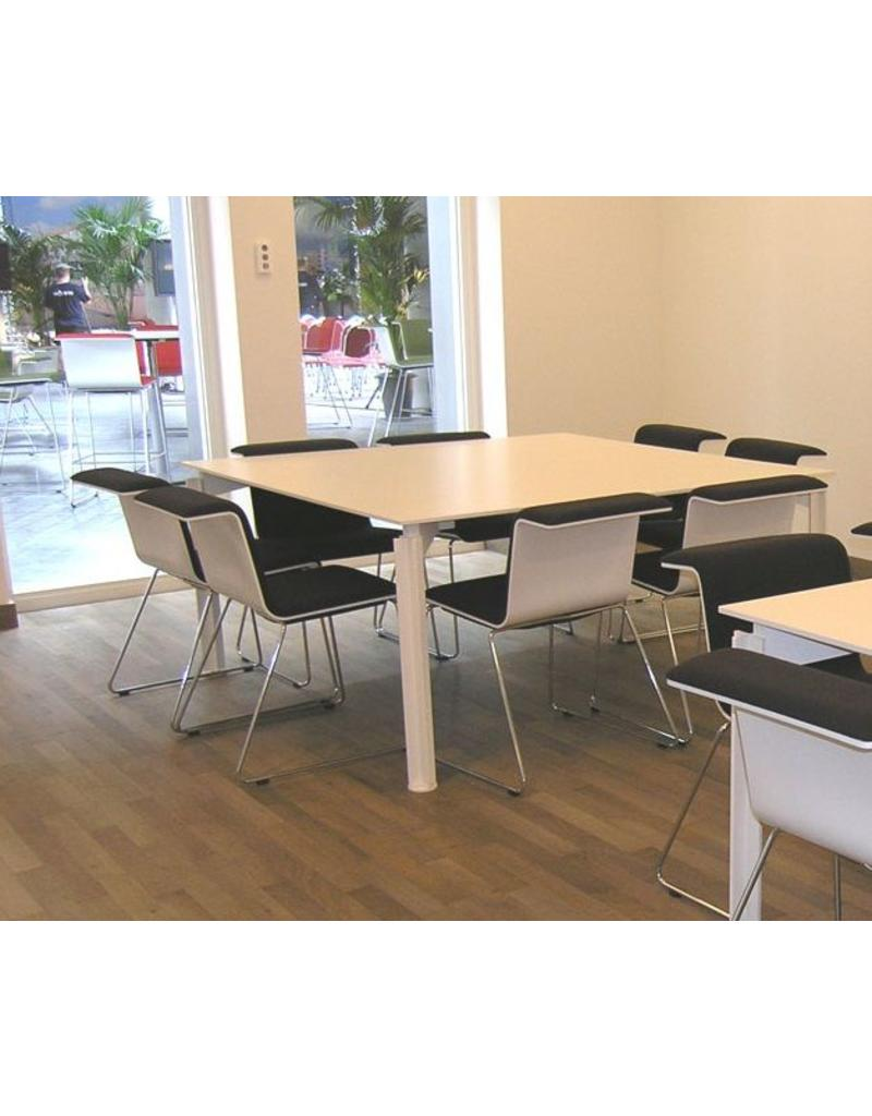 Bulo Bulo H2O vierkante design tafel