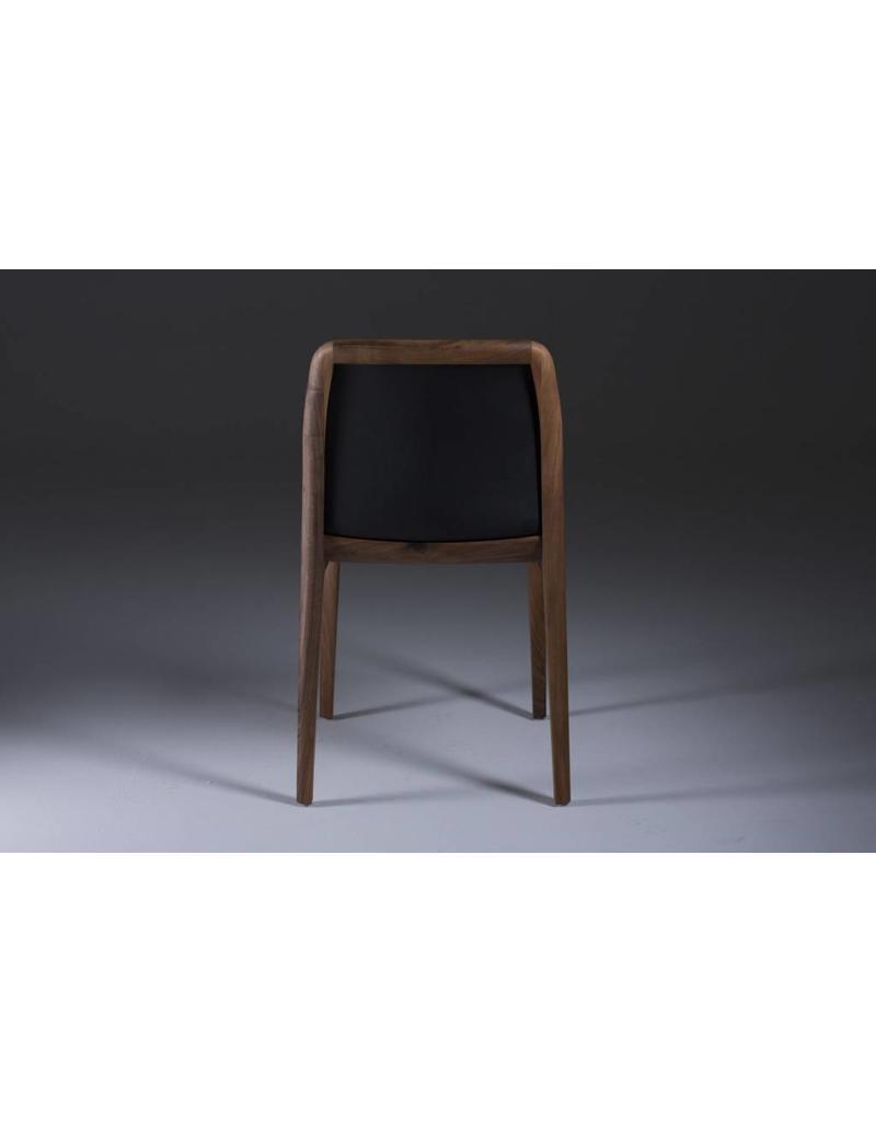 Artisan Artisan Invito houten stoel met zwart leren zitting