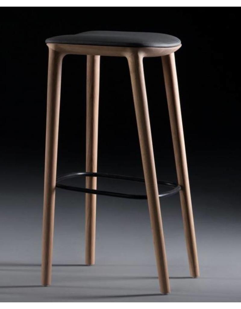 Artisan Artisan Neva houten barkruk met kussen