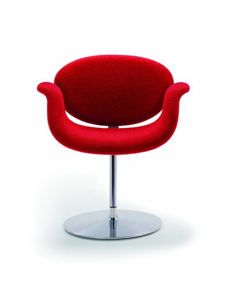 Artifort Artifort Little Tulip fauteuil met draaimechanisme