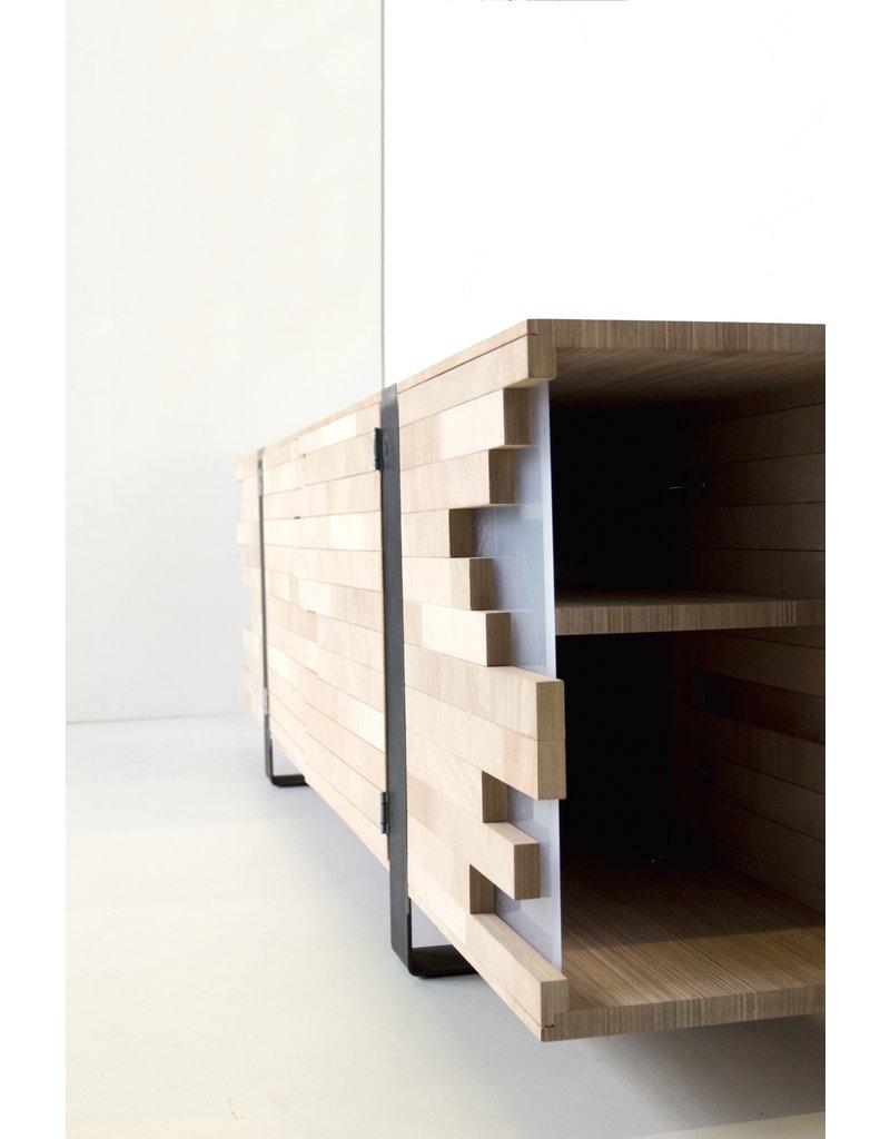 Circulair Recovery houten kast van gerecycled materiaal
