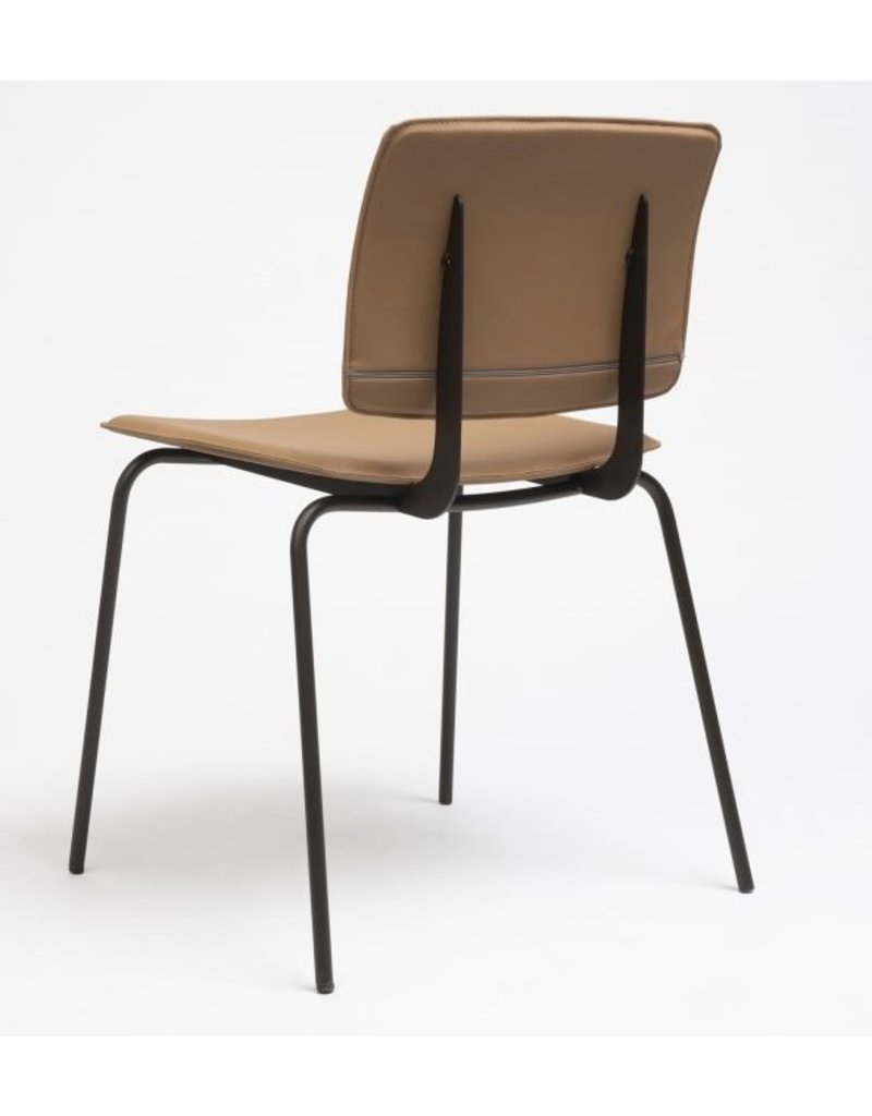 Ondarreta Ondarreta Don gestoffeerde stoel
