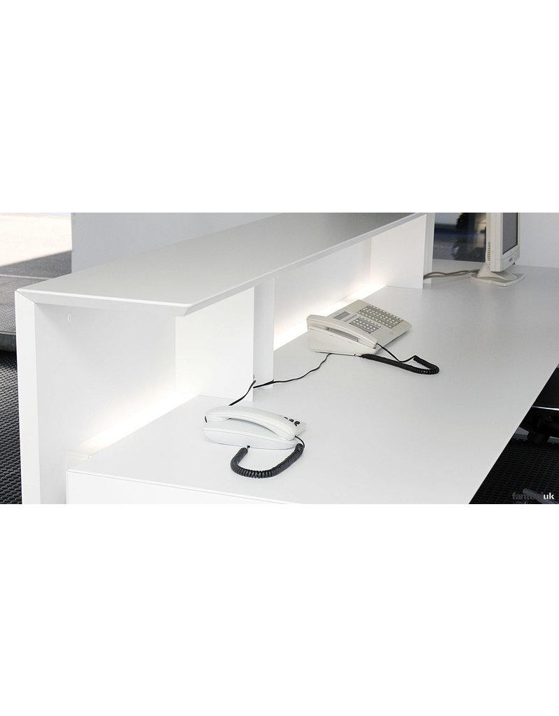 Fantoni Fantoni Quaranta5 receptiebalie recht met LED verlichting