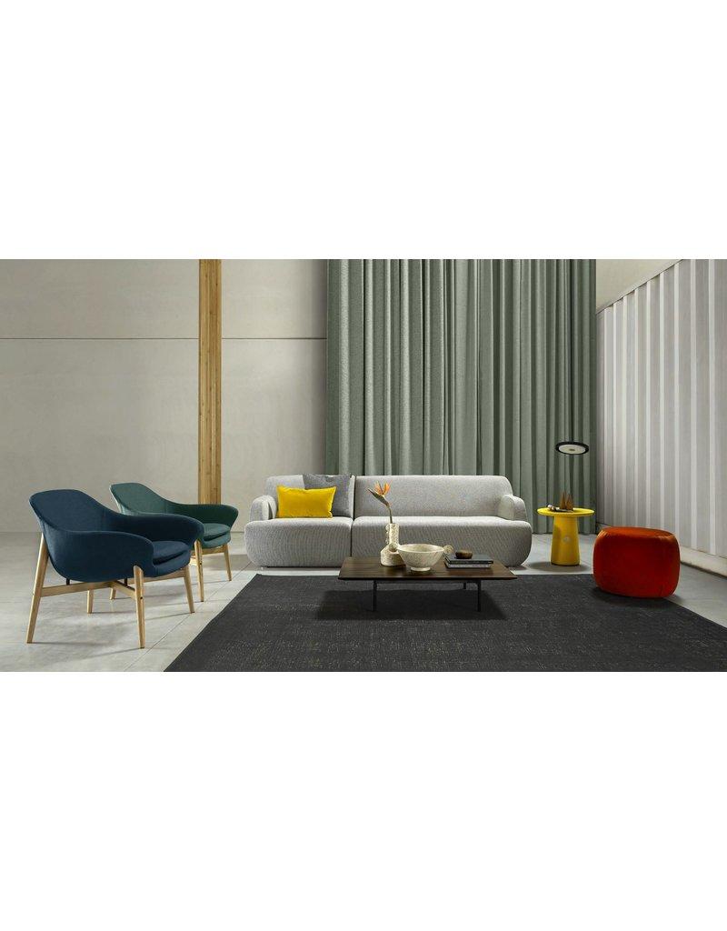 Quinti Quinti Manta lounge stoel met houten poten
