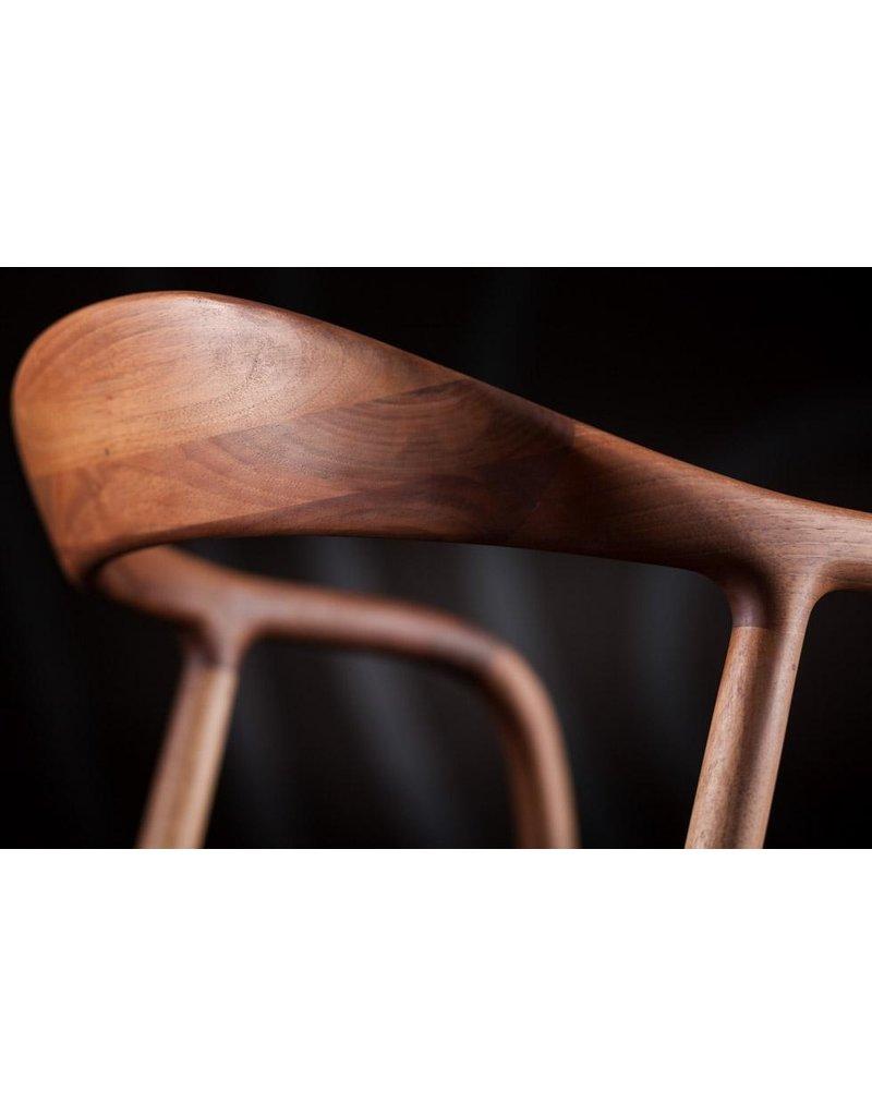 Artisan Artisan Neva houten design eetkamer / restaurantstoel met (leren) kussen