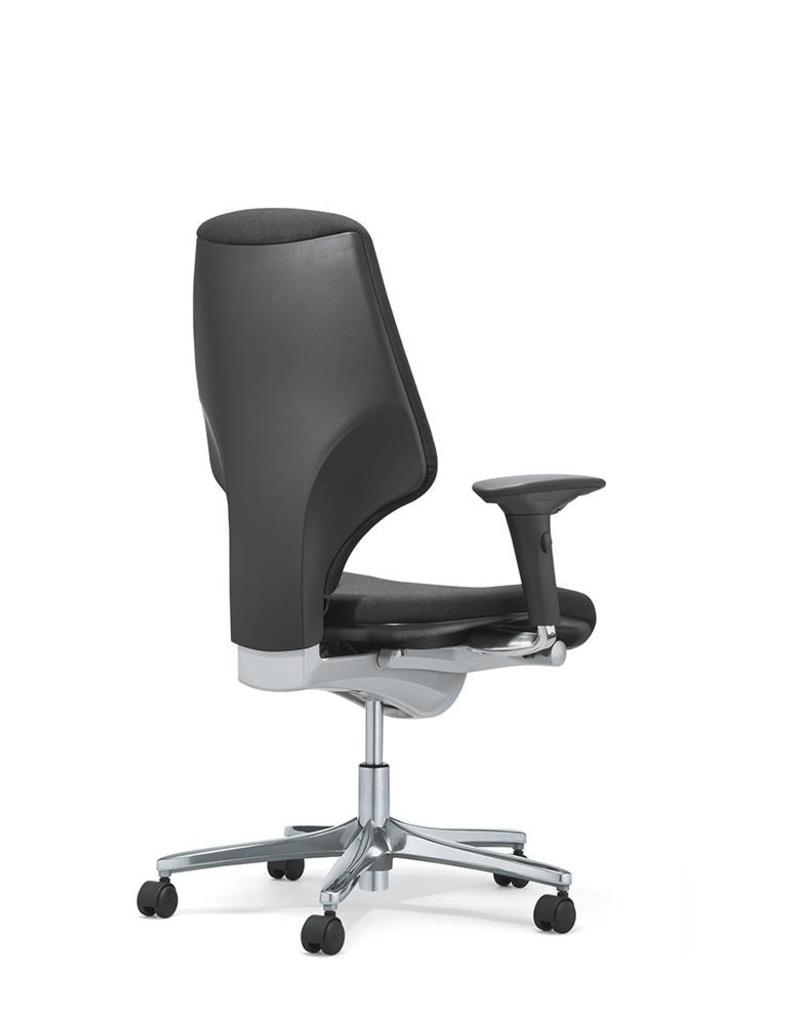 Giroflex Giroflex 64 bureaustoel met 4D armleuningen